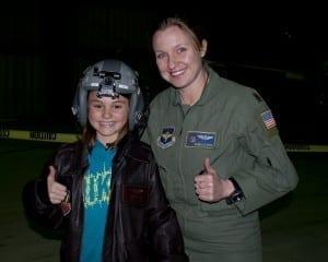 Female military pilot fly it forward®